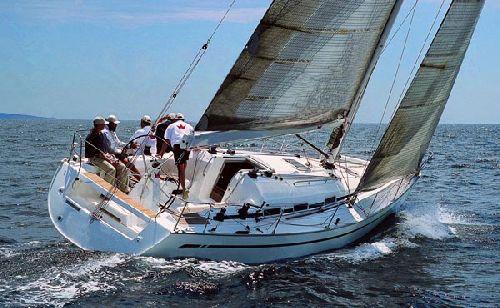 czartery jacht w bavaria 42 match blue sails. Black Bedroom Furniture Sets. Home Design Ideas